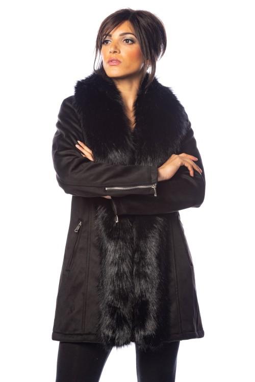Manteau mi long bordé de fausse fourrure