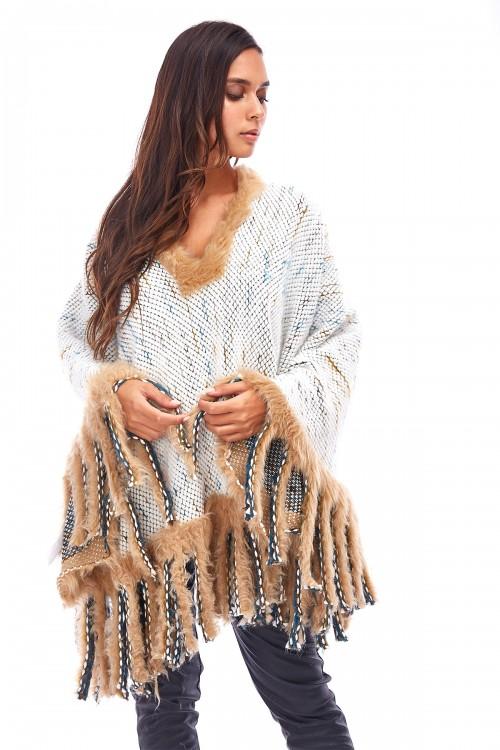 Poncho en laine à franges en fausse fourrure