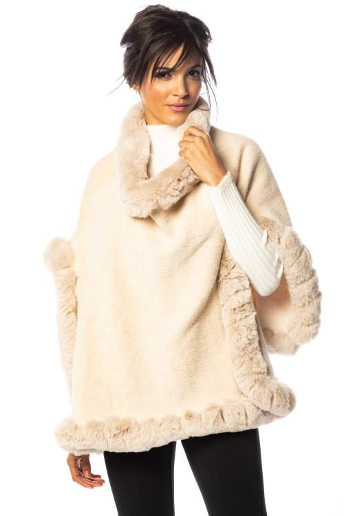 Poncho laine bordé de fausse fourrure