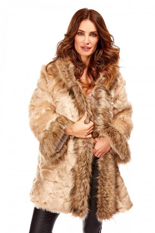 Manteau trois quart en fausse fourrure rasée